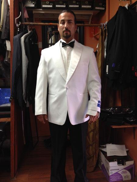 Mens-White-Single-Buttons-Tuxedo-19276.jpg
