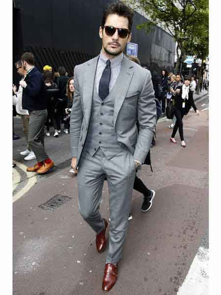 Single-Breasted-Light-Gray-Suit-39368.jpg