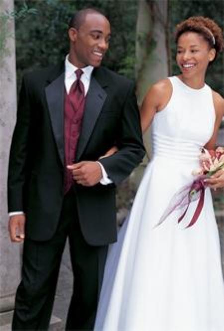 Single-Buttons-White-Wedding-Tuxedo-4726.jpg