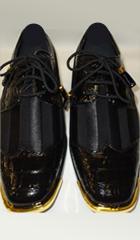 two tone wingtip shoes
