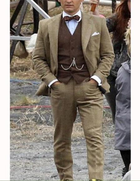 Tobey Maguire Suit Gatsby Style