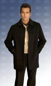 ID#JAred pastel color 34 Inch model with center vent Wool fabric blend Overcoat
