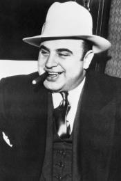 Capone Custome - Al
