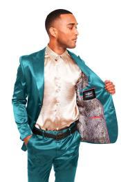 Buttons Peak Lapel Suit