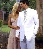 "Mens White Wedding Tuxedos: Saying ""I Do"" In Style"